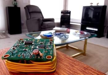 Fiação elétrica funciona como antena para casa inteligente