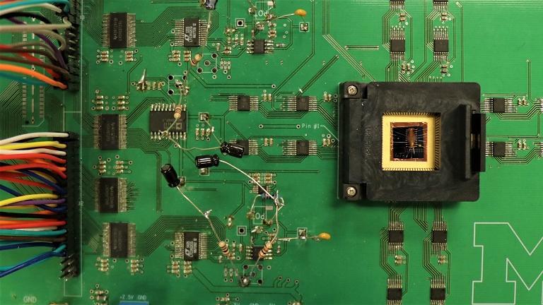 CPU não, MPU - Chip de memoristores junta memória e processamento