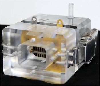 Célula a combustível organometálica produz eletricidade e química fina