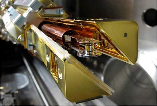 Físicos disparam 60 raios laser para criar estrela artificial