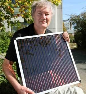Célula solar de plástico já compete com células de silício