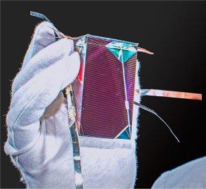 Célula solar multijunção bate recorde com 34,5% de eficiência