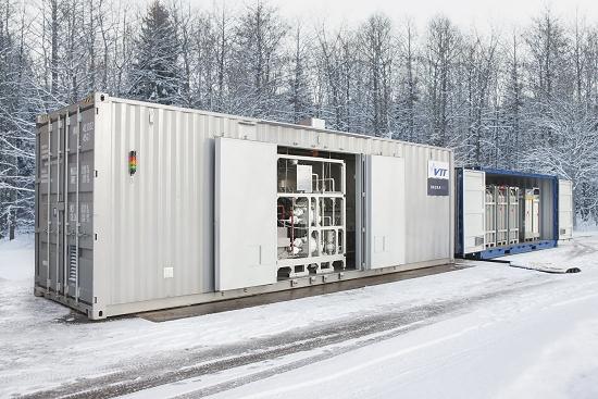 Gasolina sem petr�leo: Primeiros 200 l feitos de CO2 e energia solar