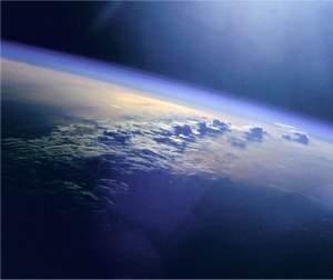 Radiação solar está causando redução da termosfera terrestre