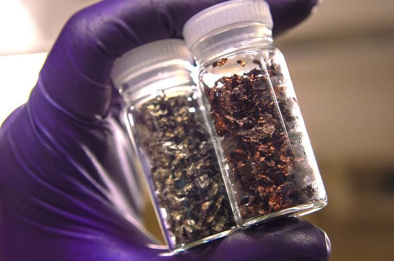 Técnica centenária de mineração recicla totalmente baterias de lítio