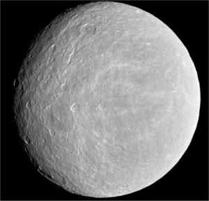 Cassini detecta oxigênio em lua de Saturno