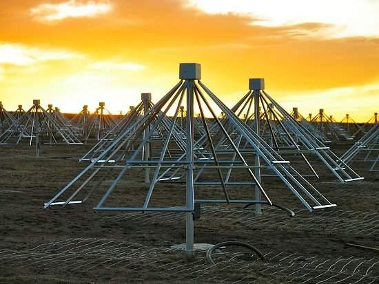 Radiotelescópio com 13.000 antenas vai buscar outras Terras