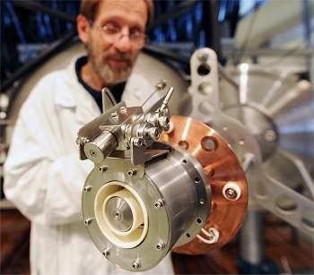 Motor espacial usa criptônio como combustível