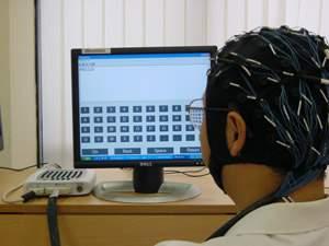 Interface cérebro-computador traduz ondas cerebrais em quatro minutos