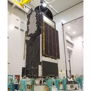 Ativista da internet quer comprar um satélite artificial