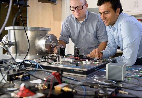 Máquina de Ising: Novo tipo de computador soluciona problemas intratáveis