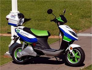 Moto elétrica chegará ao Brasil custando R$3.000,00
