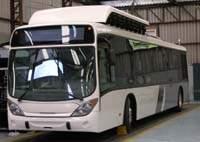 Ônibus brasileiro movido a hidrogênio começa a rodar em São Paulo