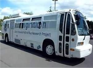 Ônibus elétrico usa sistema duplo de baterias