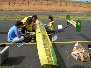 Brasil vai defender supremacia em competições de AeroDesign