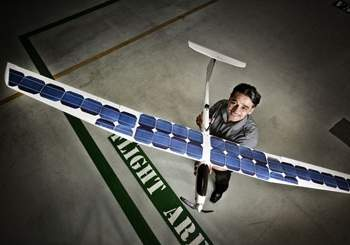 Avião não-tripulado usará energia do sol e do vento