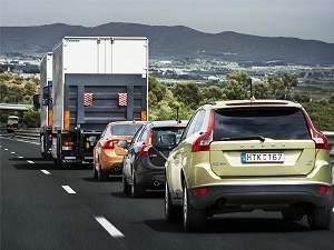 Comboio de veículos sem motorista roda 200 km na Espanha