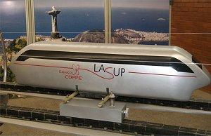 Trem de levitação magnética aberto ao público no Rio