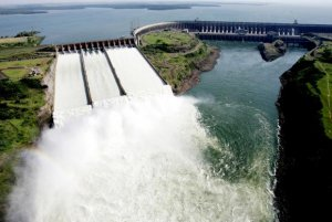 Itaipu rompe barreira inédita dos 100 milhões de MWh