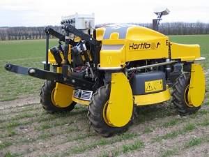O HortiBot, desenvolvido na Universidade de Aarhus, na Dinamarca, marca a transição dos tratores automatizados para os robôs autônomos. [Imagem: Aarhus University]