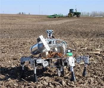 Leves e ágeis, robôs agricultores como o Prospero têm a vantagem de não compactar o solo, como ocorre com os tratores. [Imagem: Dorhout R&D LLC]