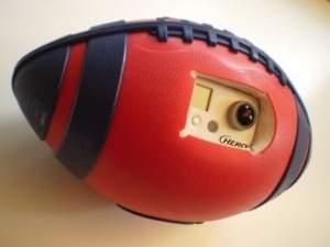 Bola com olhos mostra o jogo de outro ponto de vista