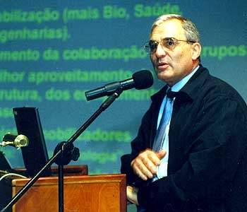 Cientista brasileiro descobre como coletar energia do ar
