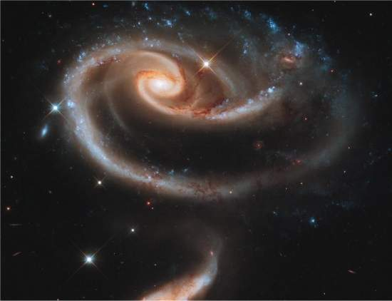 http://www.inovacaotecnologica.com.br/noticias/imagens/020175110420-rosa-galaxia.jpg